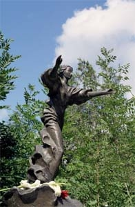 Памятник на могиле А.Грина