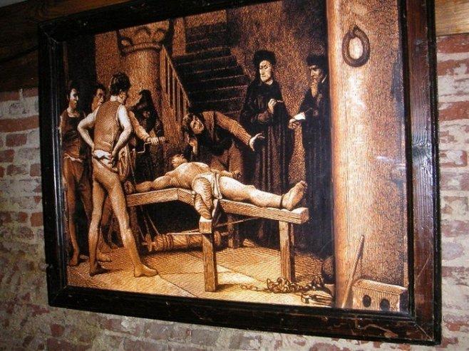 Сексуальные пытки дома